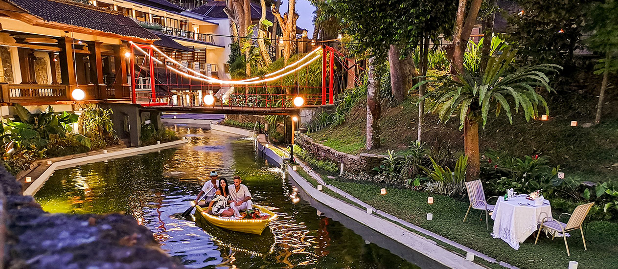 Boat Dining in the lagoon with tropical garden, Romantic Dinner Experience, Kamandalu Ubud, Bali