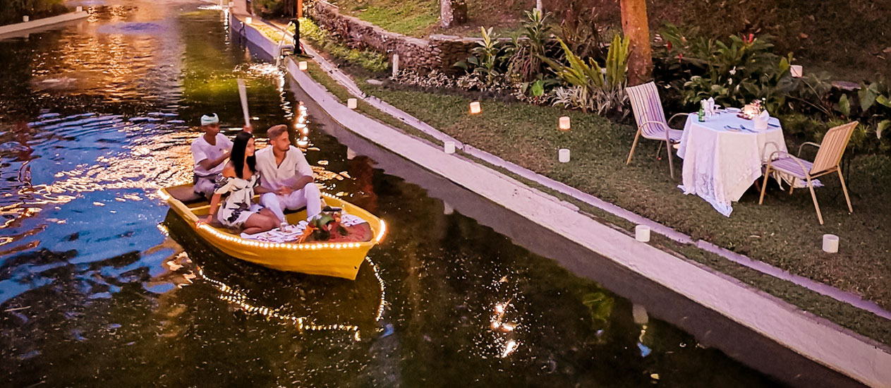 Boat Romantic Dinner, Intimate Boat Dining in the lagoon with tropical garden, Romantic Dinner Experience, Kamandalu Ubud, Bali
